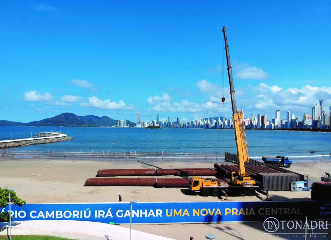 Inicio das Obras de Alargamento da Praia Central de Balneário Camboriú
